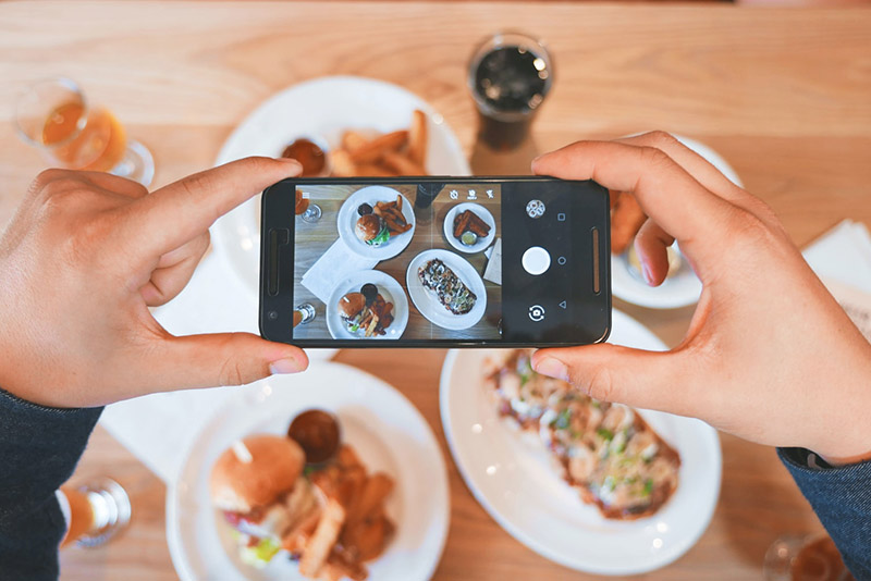 4. Réseaux sociaux_Facebook Pizza_pizzadoor